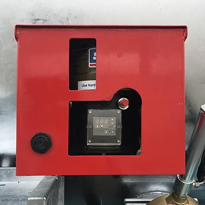 Lubrificazione automatica a 50 punti per assali e sospensioni idrauliche